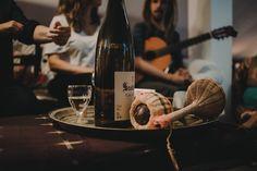 Good sounds by Pierre Aderne... bons sons!  Música e vinho inseparáveis...