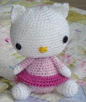 2000 Free Amigurumi Patterns: Free Kitty Crochet pattern