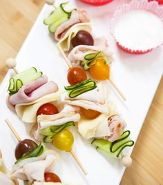 Turkey and veggie skewers. Delicious! These savoury sticks are perfect for parties and kids lunches.