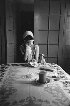 "Saul Leiter in black and white | ""Deborah at Tante Esther's, c. 1947"""