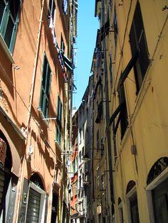 Via Ravecca- Genova