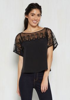 Girls' Night Outgoing Lace Top in Noir | Mod Retro Vintage Short Sleeve Shirts | ModCloth.com