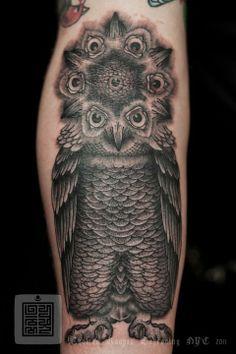 Owl Mandala Tattoo By Artist Thomas Hooper; Worlds Best for Sacred Geometry Tattoo. Bild Tattoos, Up Tattoos, Flower Tattoos, Body Art Tattoos, Tattoos For Guys, Cool Tattoos, Awesome Tattoos, Tattoo Ink, Beautiful Tattoos