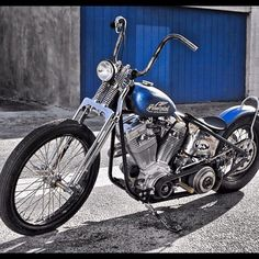 OLD SCHOOL CHOPPERS — Go checkout @powerplantmotorcycles great bikes!...
