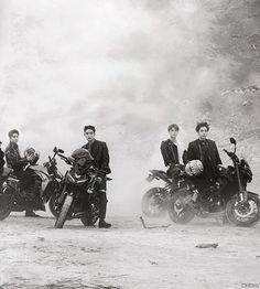 #DON'T MESS UP MY TEMPO Chanyeol, Kyungsoo, Chen, Kai, Exo News, Apocalypse Survivor, Kim Jong Dae, Kim Minseok, Kpop Guys