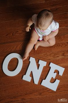 First birthday/One year old picture or use as monthly pictures. Cute idea!!!