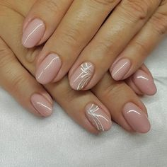 40 Beauty Wedding Nails Ideas For BrideNude manicure with a hint of white and sparkle - Nagel Eye-Catching and Fashion Acrylic Nails, Matte Nails, Glitter Nails Designs.nail nails Source by Stylish Nails, Trendy Nails, Cute Nails, Sparkle Nails, Pink Nails, My Nails, Glitter Nails, Minimalist Nails, Bridal Nails