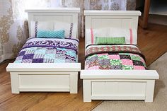 diy doll beds and tiny quilts.  love it.  my grandmother's brother used to make doll beds and she would make the sheets and quilts for them. I remember one year i got 2 for Christmas.  :3  I wish i had these in fullsize, these are very pretty!