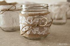 decoración vintage para bodas - Buscar con Google Mason Jar Crafts, Mason Jars, Glass Jars, Diy Cristals, Diy Home Crafts, Handmade Crafts, Vintage First Birthday, Jar Art, Rustic Art