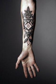 tatuajes en el antebrazo un geométrico muy original
