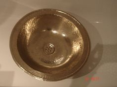This is a handmade copper sink. It is made with the finest copper. It has been imported from our Moroccan Artisans. The Gold finish is made up of Copper and Zinc. Bar Sink, Sink Taps, Copper Bathroom Accessories, Copper Vessel Sinks, Sink Countertop, Backsplash, Handmade Copper, Hammered Copper, Ebay