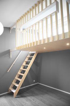 Tiny Loft, Tiny House Loft, Small Lounge Rooms, Small Rooms, Small Hall, Woodland House, Girl Bedroom Designs, Dream Apartment, Kids Room Design