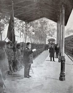 [Ottoman Empire] Sultan Mehmed V's Farewell Ottoman Troops in Train Station, 1912 (Sultan Reşad Tren İstasyonunda)