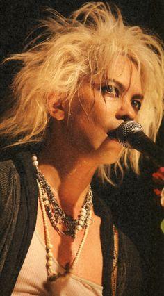 HYDE • 2010 #hyde #larcenciel #vamps #hidetotakarai #takarai