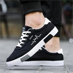 New 2018 Canvas Shoes Men Sneakers – Benovafashion Boat Shoes, Men's Shoes, Shoes Men, Mens Canvas Shoes, Fashion Shoes, Mens Fashion, Men Design, Hard Wear, Sperry Shoes