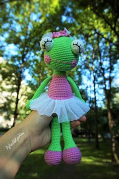 Amigurumi Ballerina Frog- Free Pattern