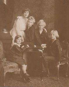 Erzsi and her family