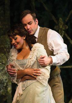 Pérez and Costello in Cincinnati Opera's La Traviata (July 2012)