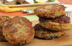 Crab Cakes with Lemon Dill Yogurt Sauce/4 servings of 2 cakes each/9 smart points each serving