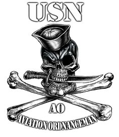 Naval Skull and Bones Shirt - Navy Pirate Shirt Navy Day, Go Navy, Us Navy Tattoos, Naval Tattoos, Nautical Tattoos, Navy Rates, Electronic Technician, Pirate Shirts, Navy Veteran