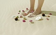Dree Hemingway: ManiaMania Astral Plane collection > photo 1858147 > fashion picture
