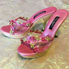 Pretty Shoes, Cute Shoes, Me Too Shoes, Swag Shoes, Funky Shoes, Aesthetic Shoes, Dream Shoes, Fashion Shoes, High Heels