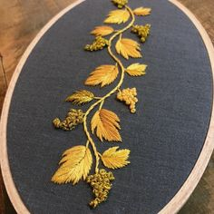 Most recent Snap Shots Embroidery Patterns on kurtis Suggestions Sticken Embroidery On Kurtis, Hand Embroidery Dress, Kurti Embroidery Design, Embroidery Works, Couture Embroidery, Flower Embroidery Designs, Simple Embroidery, Gold Embroidery, Learn Embroidery