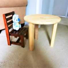 Ditch the plastic and make this DIY toddler table yourself! Inexpensive and super easy--no saws required! Small Living Room Chairs, Living Room Plants, Chairs For Small Spaces, Laundry Room Remodel, Laundry Rooms, Laundry Closet, Clothes Drawer Organization, Indoor Plants Low Light, Plants Indoor