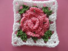 Rose granny square: very well done step by step tutorial. It also shows you how to link all the grannies in a beautiful blanket