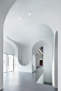 Hongkun Fine Art Gallery, Beijing, 2013