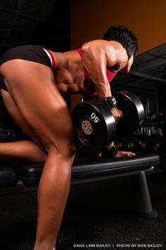Dana Lynn Bailey - a fitness goddess Fitness Photos, Fitness Models, Muscle Fitness, Health Fitness, Female Fitness, Female Muscle, Weight Lifting Diet, Weight Loss, Model Interview