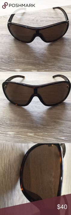 1fd37e8a8522 Men s dragon sunglasses Men s dragon transit sunglasses tortoise like new  NO scratches on lens dragon Accessories Sunglasses