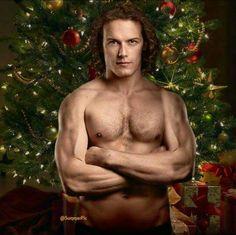 Quiero este regalo bajo mi arbol....Papa Noel quiero un Sam Heughan ya!!!