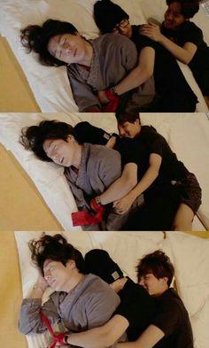 My hearts gonna explode Bts Memes, Vkook Memes, Bts Jungkook, Namjoon, Jungkook Sleep, Foto Bts, Bts Sleeping, Die Beatles, Bts Summer Package