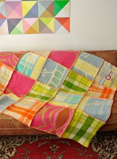 Prachtige woondekens, allen gemaakt als patchwork van vintage wollen dekens in verschillende formaten. Iedere deken is uniek in z'n soor...