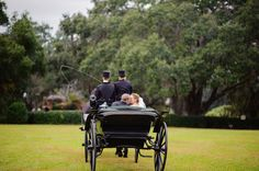 Florida wedding venue: the Grand Oaks Resort in Weirsdale, Orlando   Photo: Best Photography