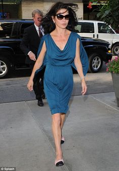 Catherine Zeta-Jones (September 2003 - November 2010) - Page 69 - the Fashion Spot