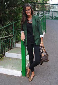 Verde botella , Zara en Blazers, Zara en Jeans, Zara en Zapato plano, Louis Vuitton en Bolsos