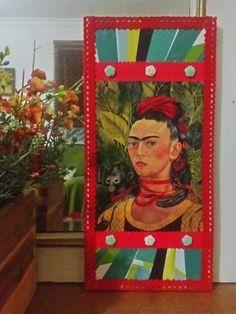 """Cuadro """"Autorretrato con mono"""". (GloriArte143 ). Collage con una imagen de Frida Kahlo."""