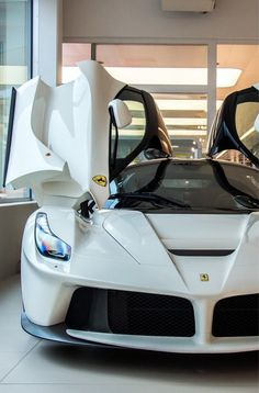 White LaFerrari