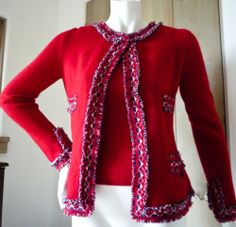 Adorable Chanel Cashmere twin set sweater size 44 small medium stunning red!!