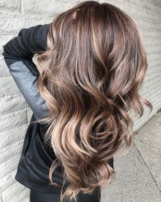 "74 Likes, 2 Comments - ✂️Cut&Color Sjoukje de Vries (@harenmajesteit_) on Instagram: ""Red & Dark Brown #colormelt #colorblending #balayage #pravana #pravananederland #olaplex…"""