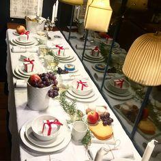 French Christmas table setting