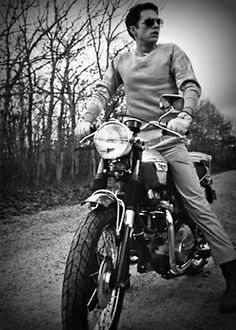 james mcavoy Michael Fassbender tom hiddleston Chris Evans Chris Hemsworth Hugh Jackman Jeremy Renner Sebastian Stan
