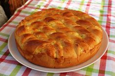 tiropsomo Braided Bread, Cheese Pies, Homemade Cheese, Garlic Bread, Greek Recipes, Apple Pie, Food Art, Food And Drink, Appetizers
