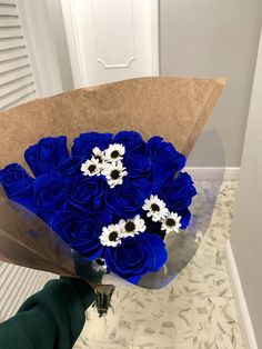 Beautiful Bouquet Of Flowers, Types Of Flowers, My Flower, Flower Power, Beautiful Flowers, Wedding Flowers, Cadeau Couple, Cute Birthday Gift, Luxury Flowers