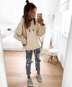 18 Cool Outfits With Forever Loved Ripped Jeans glamsugar.com - Women Jeans - Ideas of Women Jeans #womenjeans - 18 Cool Outfits With Forever Loved Ripped Jeans glamsugar.com