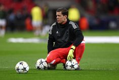 Wojciech Szczesny of Juventus during the UEFA Champions League Round of 16 Second Leg match between Tottenham Hotspur and Juventus at Wembley Stadium on March 7, 2018 in London, United Kingdom. - 188 of 209