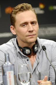 """Tom Hiddleston at the Press Conference for """"High-Rise"""" during 63rd San Sebastian Film Festival, Spain 22.9.2015 Photo from http://www.weibo.com/torilla"""