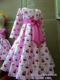 Ideas dress pattern for little girls spring for 2019 Baby Frocks Designs, Kids Frocks Design, African Dresses For Kids, Little Girl Dresses, Baby Clothes Sizes, Dress Anak, Kids Gown, Baby Dress Patterns, Mode Hijab